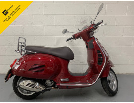 2019 Vespa GTS 300 Touring Red