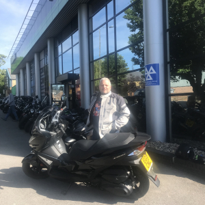 Gary collecting his Kawasaki J300