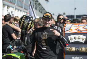 REA TAKES FOUR OF A KIND CHAMPIONSHIP WIN
