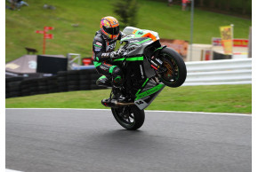 Lee Jackson To Stay With FS-3 Racing Kawasaki For 2019 British Superbike Championship