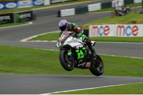 Trayler and MSS Colchester Kawasaki endure challenging Cadwell