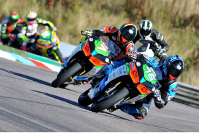 Luke Verwey Shows Front Running Pace At Thruxton