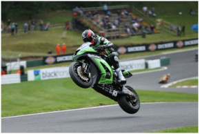 MSS Colchester Kawasaki Have a Bank Holiday Weekend to Remember at Cadwell Park